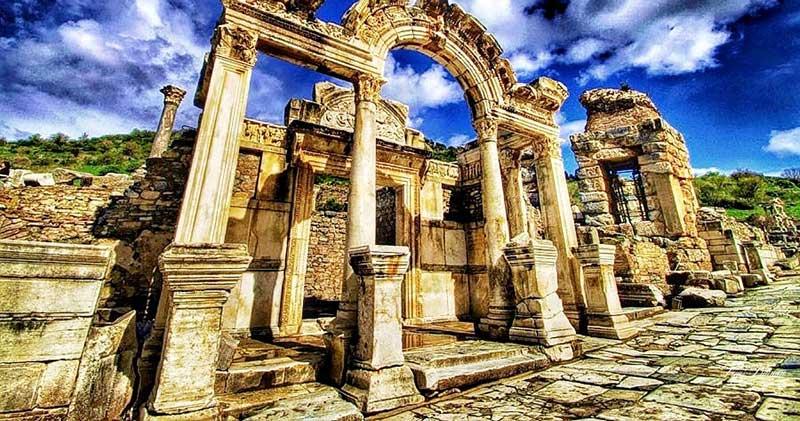 Efes Antik Kenti Trajan Çeşmesi