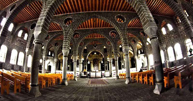 Surp Giragos Kilisesi