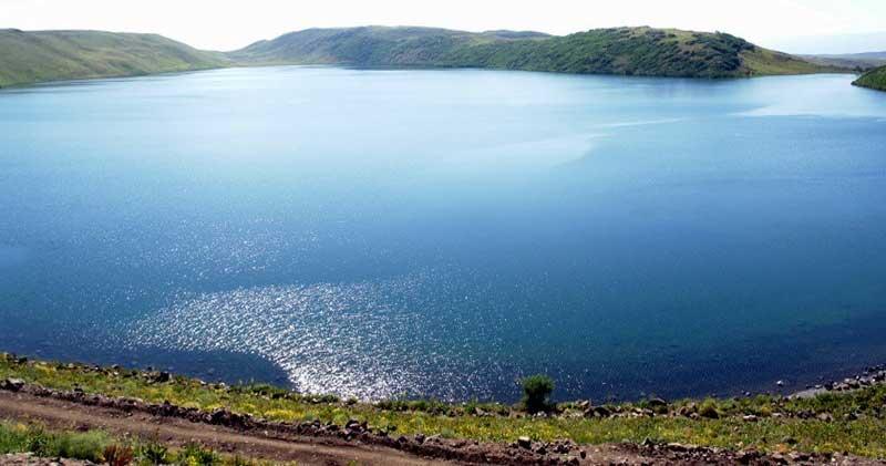 Hamurpet Gölü