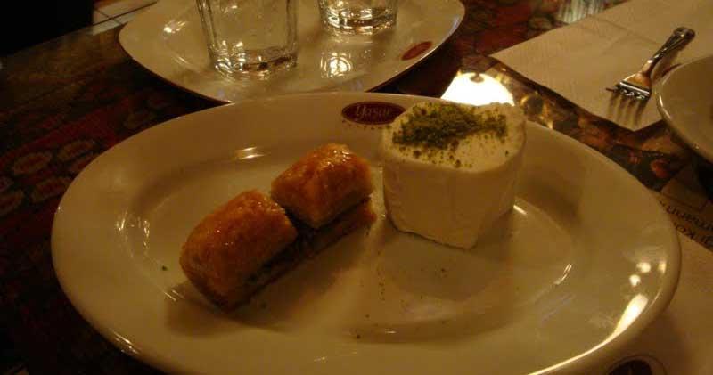 Yaşar Pastanesi