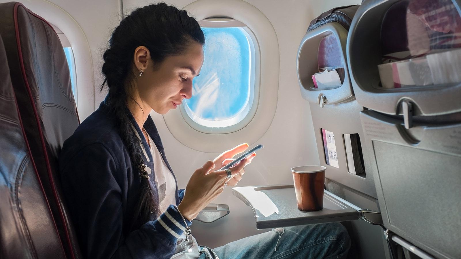 Uzun Uçuşlarda Keyifli Vakit Geçirmek İçin Tavsiyeler