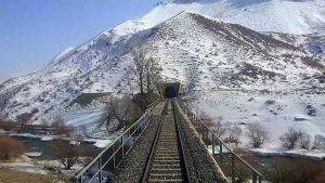 karlı tren yolu