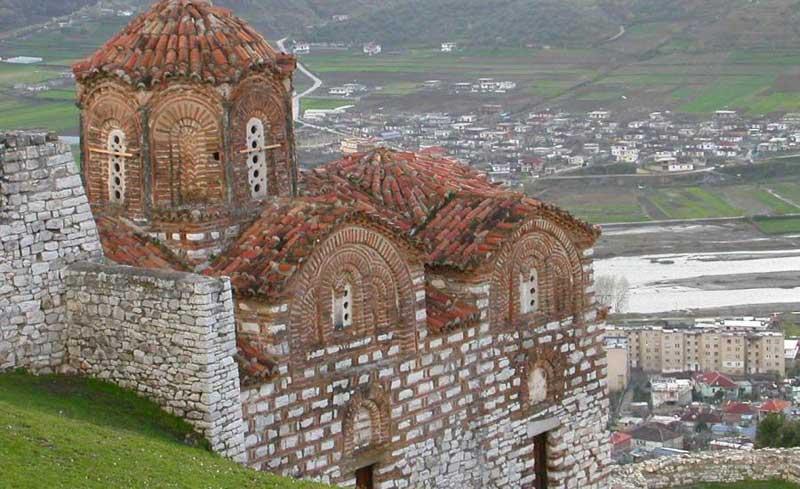 arnavutluk manzarası