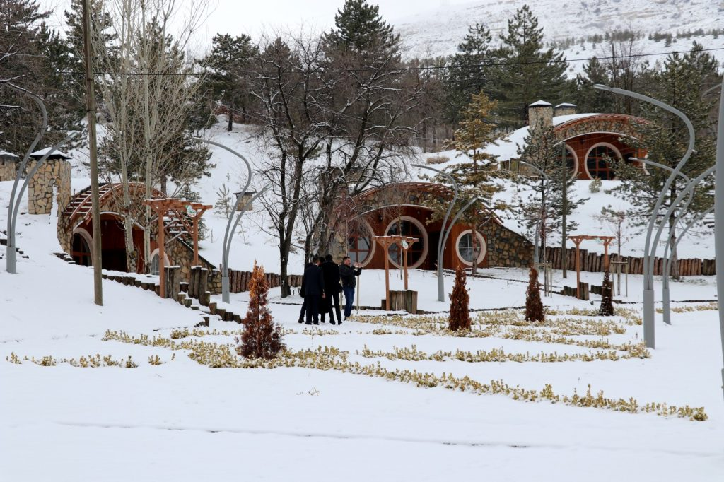 sivas hobbit evler